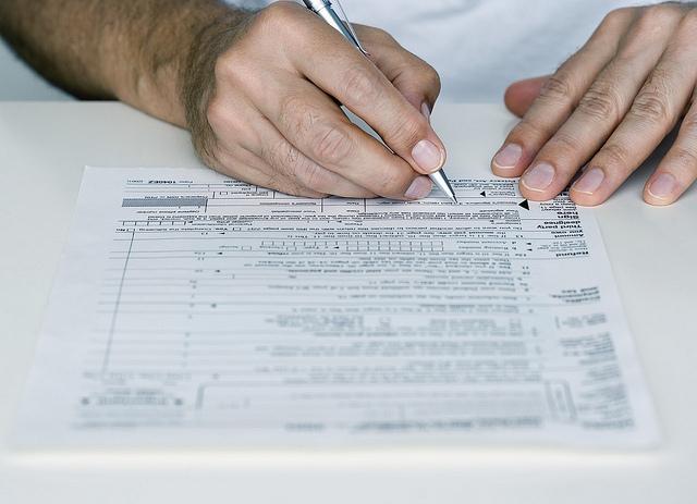 Taxe şi impozite… O durere de cap de care nu scapi!
