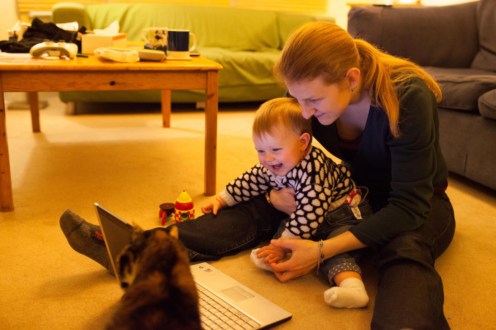 Lucrezi de acasă ca freelancer?  Ai grijă cum controlezi factorii care te pot perturba!