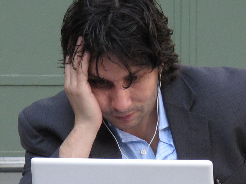 Clientul ţi-a modificat textele şi acum eşti un freelancer frustrat şi cu portofoliul cam subţire?