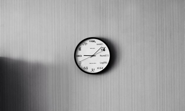 Un ceas de perete pentru fiecare tip de freelancer